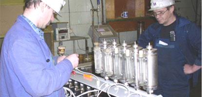 Специалисты Уралавтоматика инжиниринг проводят монтаж оборудования системы отбора фильтрата для Никелевого завода